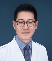 Профессор На Юн-Чэ